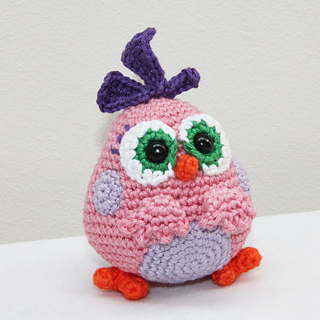 Pink_hatchling_left_vierkant_small2