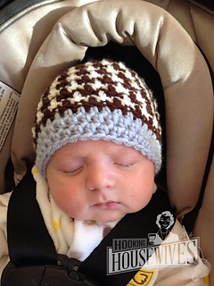 8aaea336e8574 Ravelry: Houndstooth Hat pattern by Hooking Housewives