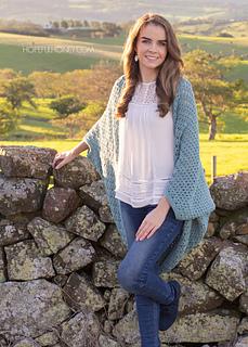 Harbor_haze_cocoon_sweater_crochet_pattern_by_hopeful_honey_16_small2