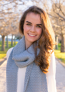 Cloudy_day_scarf_crochet_pattern_by_hopeful_honey_2_small2