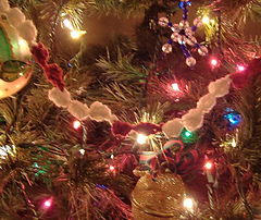 Popcorn-garland-on-tree_small