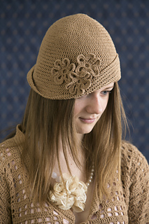 Crochet-downtown-cloche_small2