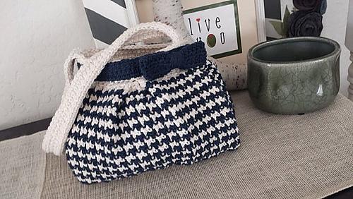 Ravelry Houndstooth Handbag Pattern By Jennifer Pionk