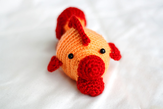 Amigurumi_fish_finished_2_small2