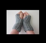 Fingerless_gloves-_101-_cover_rav_small_best_fit