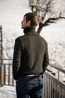 French_olive_sweater-3_small2