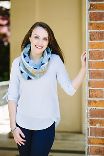 Geometric_cowl_02_ld_small2