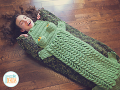 Snappy_simon_the_crocodile_sleeping_bag_by_irarott__3__small