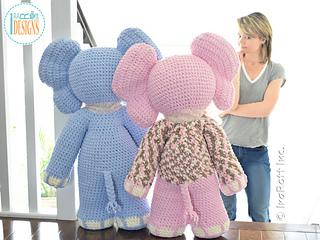Josefina_and_jeffery_the_elephants_giant_amigurumi_pattern_by_irarott__2__small2