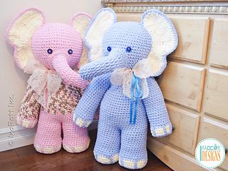 Josefina_and_jeffery_the_elephants_giant_amigurumi_pattern_by_irarott__4__small2
