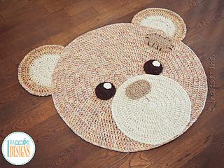 Classic Bear Rug pattern by Ira Rott