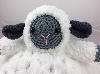 Free Amigurumi Lamb : Ravelry lamb lovey pattern by lisa kingsley