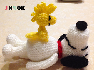 Amigurumi Patterns Snoopy : Ravelry: snoopy amigurumi pattern by j hook