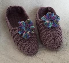 Full_3367_133112_crochetedribbedslippers_4_small