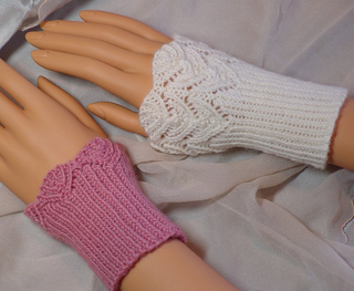 A135-dsc01413-wristlets_small2