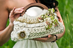 Ruffle_purse_small_best_fit