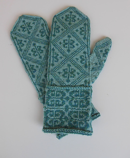 Spice_trade_mittens_050816_small2
