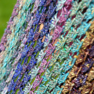 Japonica_shawl_detail_4_small2