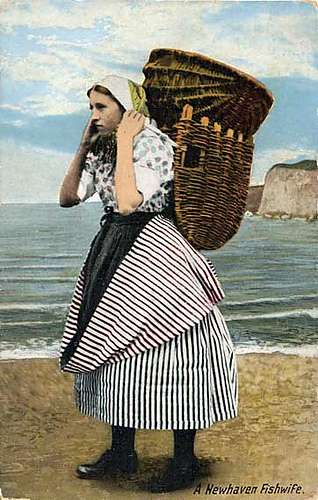 Old_postcard_newhavenfishwife_medium