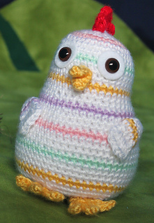 Rainbow_chicken_crochet_pattern_by_squirrel_picnic3_small2