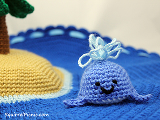 Crochet_whale_toy_by_squirrel_picnic_small2
