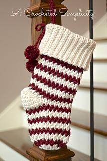 a crocheted simplicity - Crochet Christmas Stockings