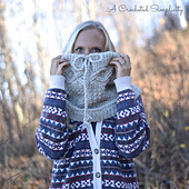 Timeless_cabled_cowl_6wm_small_best_fit