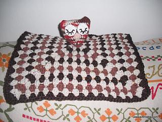 Owlet-lovey-free-crochet-pattern-001_small2