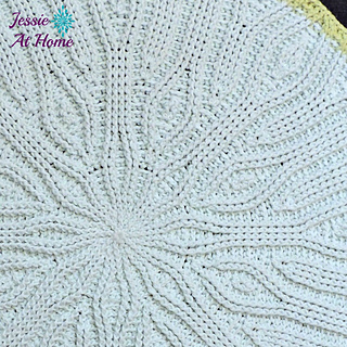 Mandala-rug-free-crochet-pattern-by-jessie-at-home-2_small2