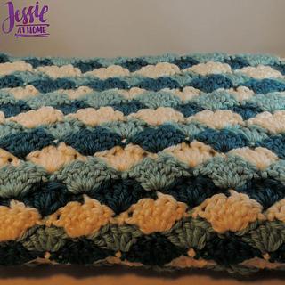 Ravelry: Shell Stitch Baby Blanket pattern by Jessie Rayot