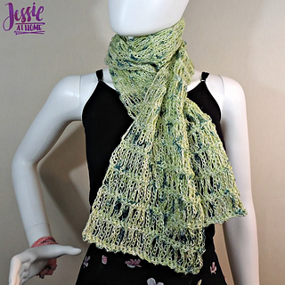 Unchained_scarf_-_free_crochet_pattern_by_jessie_at_home_-_1_small2