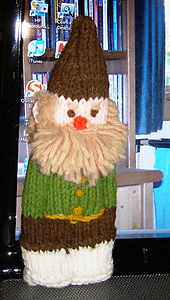 Knitting_gnome_small_best_fit