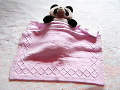 Easy_diamond_baby_blanket_small