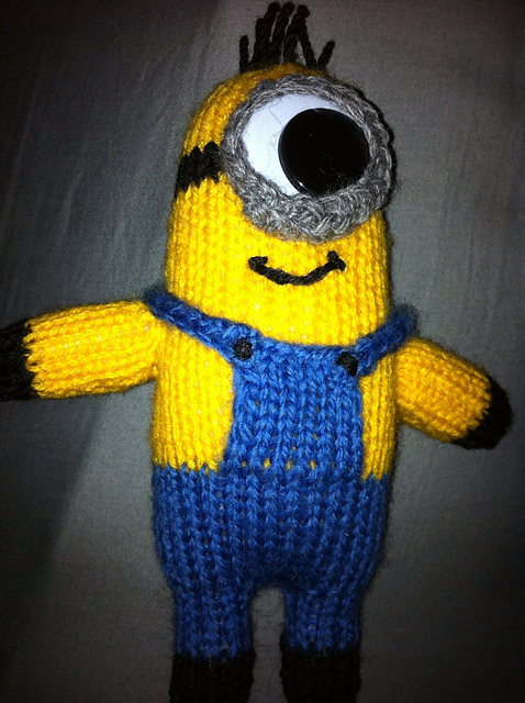 Ravelry Despicable Me Minion Toy Pattern By The Knit Guru