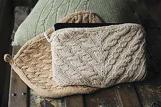 Cabled-netbook-cozy-both_small2