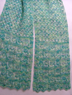 Blossom_lace_scarf_close_up_large_web_small2