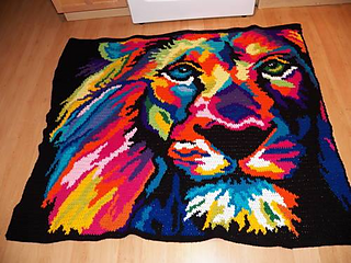 Neon_lion_1_front_small2