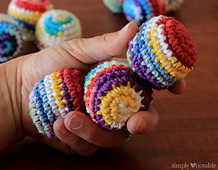 Crocheted-juggling-balls_small_best_fit