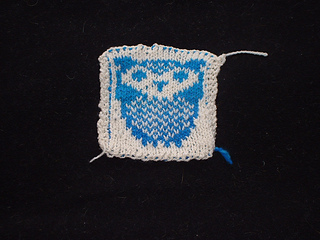 Owl_blanket_swatch_1_small2