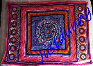 Swirly_sun_mandala_blanket_signed_small2
