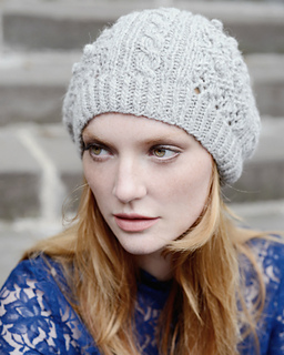 Camilla_knitted_hat_texture_bobbels_cable_knit_small2