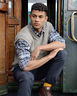 Bolly_waistcoat_1_purl_alpaca_designs_small2