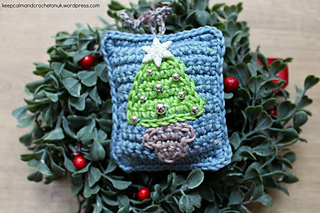 Ravelry: Mini Tapestry Christmas Tree Decorations pattern by Heather C Gibbs | Keep Calm and Crochet On UK Blog