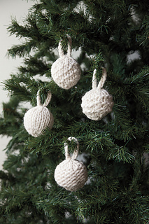 ornaments, Christmas, holiday, decoration, white, bulky, knitting