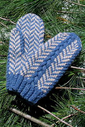Herringbone_mittens_alternating_small_best_fit