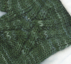 Weave_mitts_detail_small