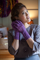 Lace-and-twist-gloves-2_small_best_fit