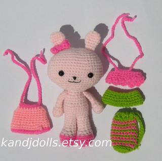 Pink_bunny_amigurumi_animal_small2