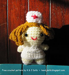 Nurse_amigurumi_doll_small