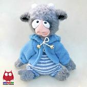 Wm_ravelry_goat_and_bull_crochet_pattern_littleowlshut_amigurumi_astashova__1__small_best_fit